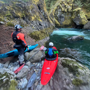 Trip Report: Whitewater Kayaking the Killer Fang section of the Clackamas River